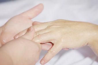 hand-massage-2133272__340